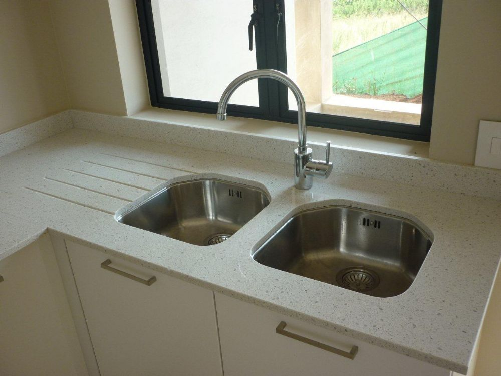 Undermount Kitchen Sink With Flush Window Sill